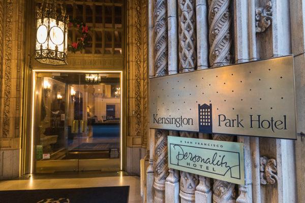 Kensington Park Hotel Entry